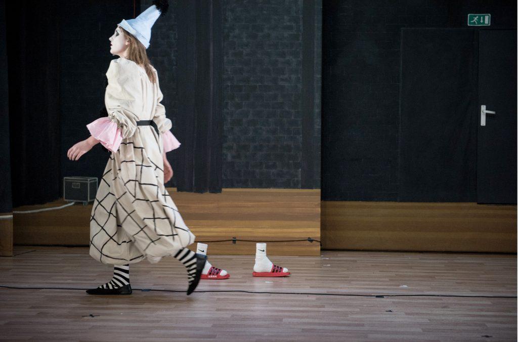 Theater Artemis - DE ONZICHTBARE MAN BLIJFT ONZICHTBAAR DIT THEATERSEIZOEN