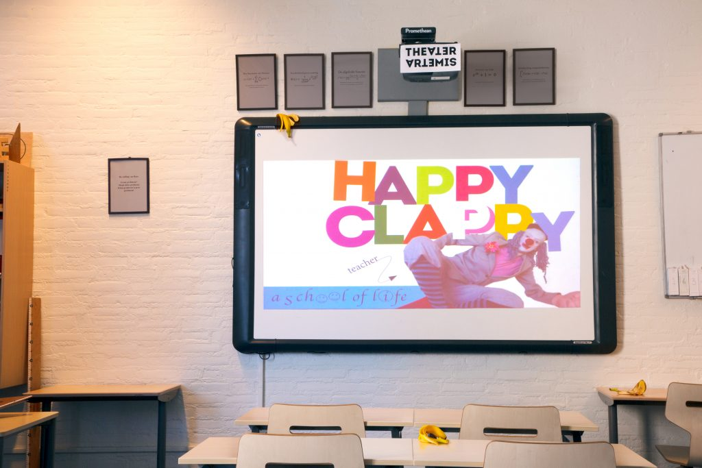 Theater Artemis - Happyclappy 12+